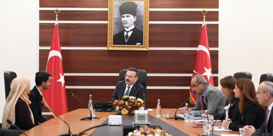 Vali Aksoy'dan halk toplantısı