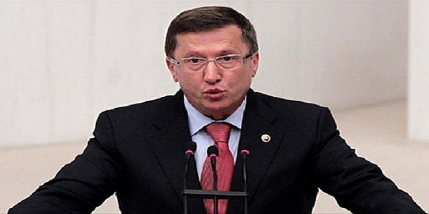 Türkkan elektrik kesintilerini sordu