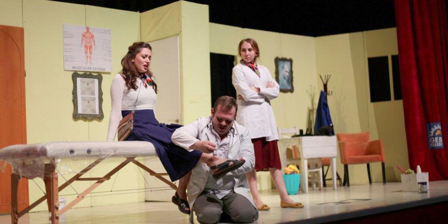 GEBZE BELEDİYESİ:Tiyatro severler GKM'de buluştu