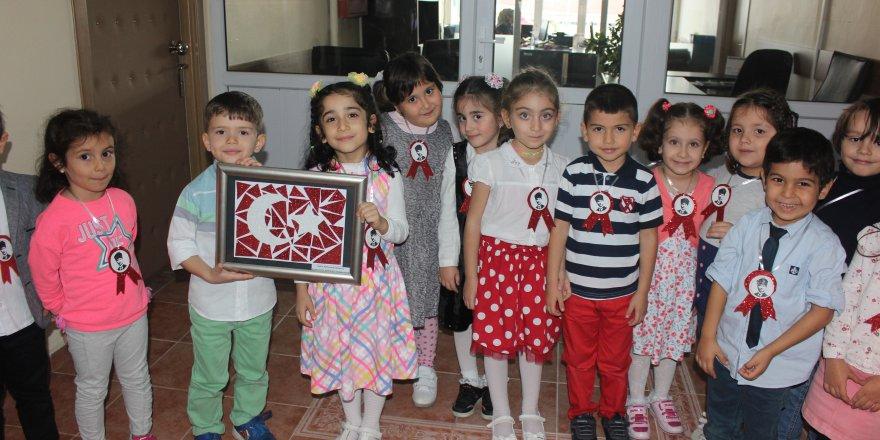 Öğrencilerden Güler'e ziyaret