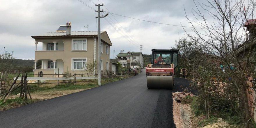 Köy yoluna 2500 ton asfalt serildi