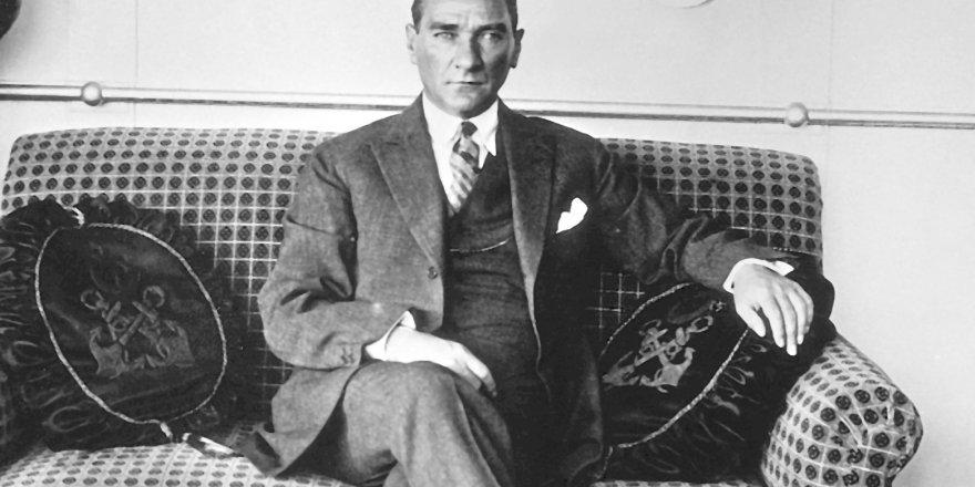 Atatürk'ü Anma Konresi Düzenleniyor
