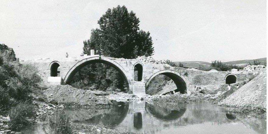 Tarihi Mimar Sinan Köprüsü