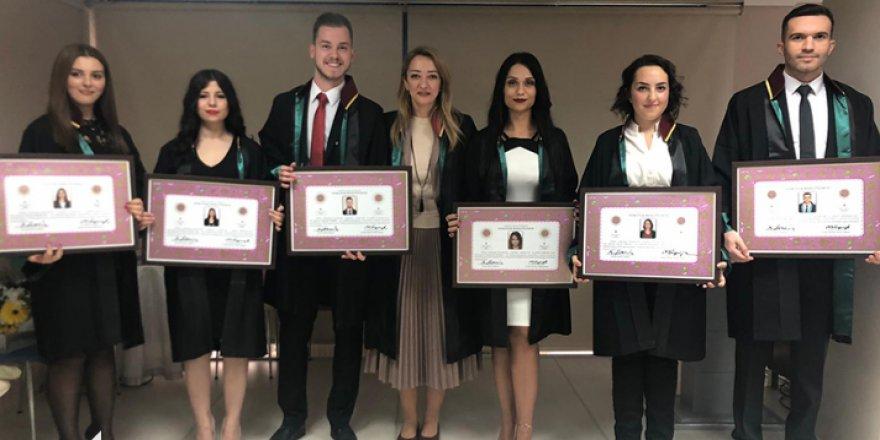 Baro'ya 6 yeni avukat