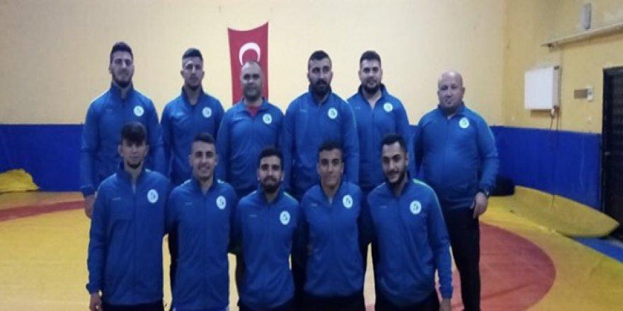 Güreşçiler Ankara yolcusu