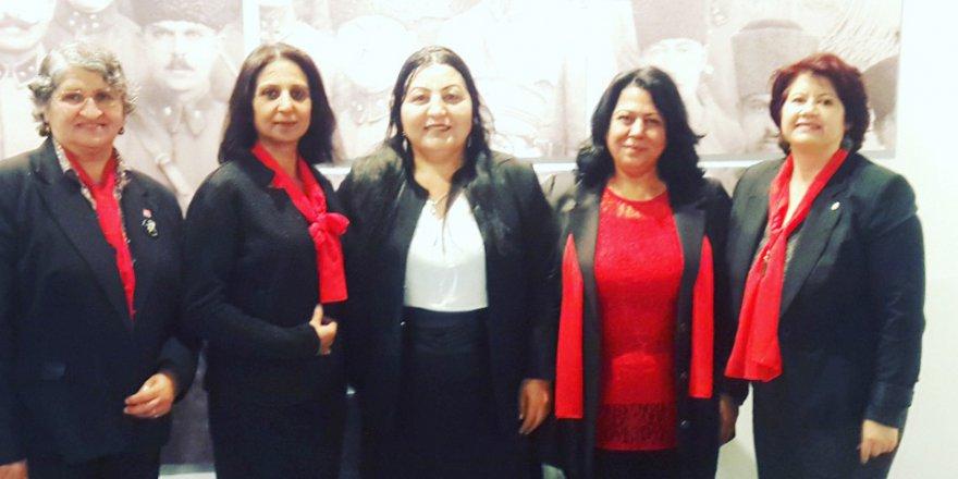 Kazım Karabekir'de kadınlar  kazandı