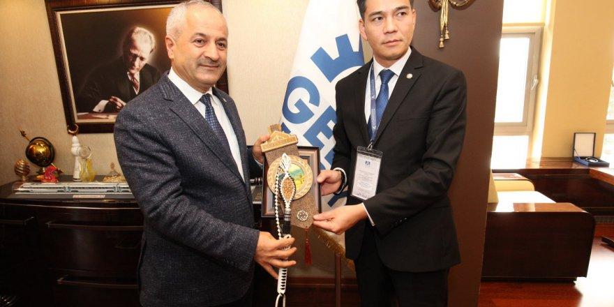 Başkan Büyükgöz'e Kırgızistan'dan Konuk Belediye Başkanları