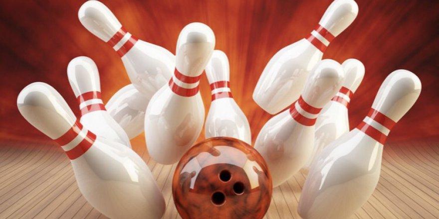 Gazeteciler bowling oynayacak