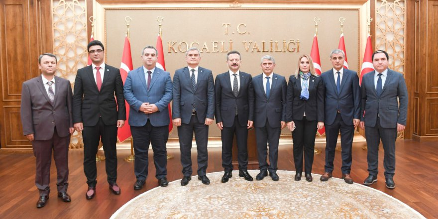 Muhasebeciler Vali Aksoy'u ziyaret etti