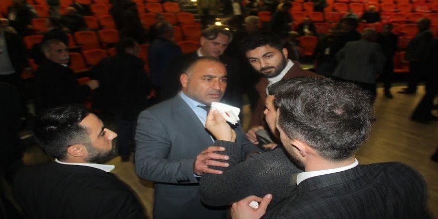 CHP Darıca'da kavga dövüş kongre