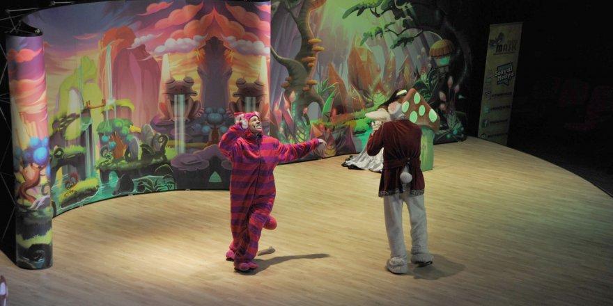 Darıcalı çocukların tiyatro keyfi