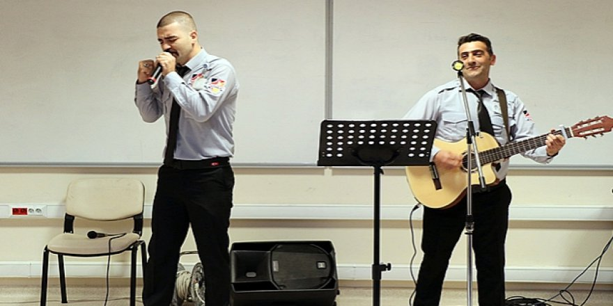 GTÜ'nün müzisyen güvenlikçileri
