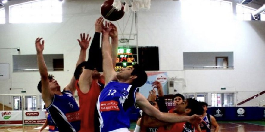 Genç Erkekler Baskette 4 yarı finalist belli oldu