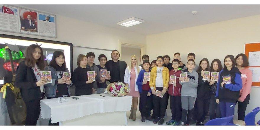 Özel Yeni Atlas Okulları'nda imza günü