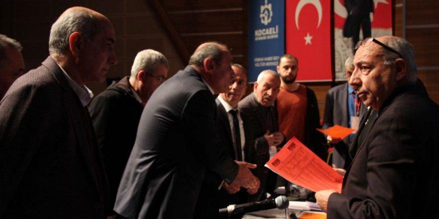 CHP'de oylamaya henüz geçilemedi