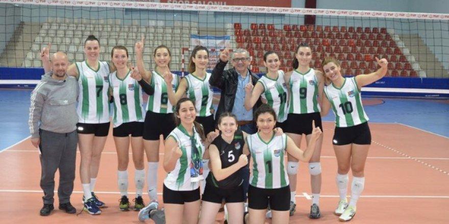 Yalova Esenköy, Kocaeli'de şampiyon oldu