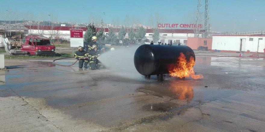 Hastane personeline yangın eğitimi