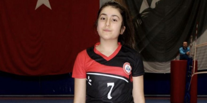 Elif Erdoğan filenin yeni yıldızı olmaya aday
