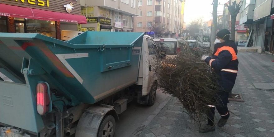 Cadde ve sokaklar her gün temizleniyor
