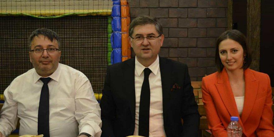 CHP'de Çayırova İlçe Yıldızlı'dan yana taraf oldu