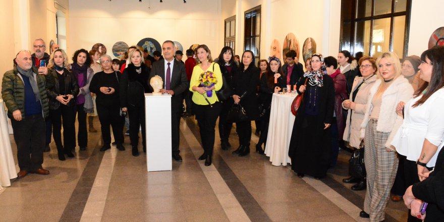 Tarihi Gar'da 'Kadın' Temalı Sergi