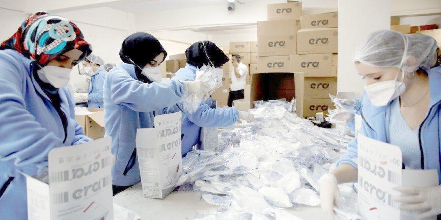 Okullarda maske üretilecek