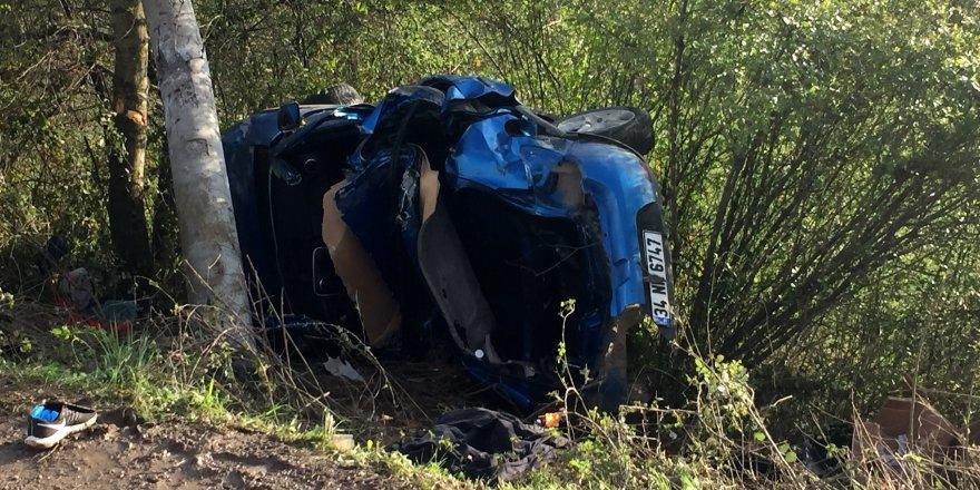 Trafik kazası 2 ölü 2 yaralı