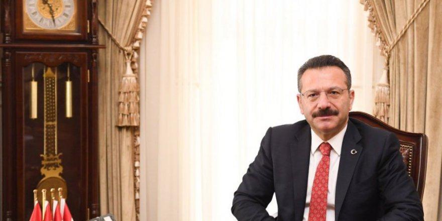 Türk polisi canla başla görev yapıyor