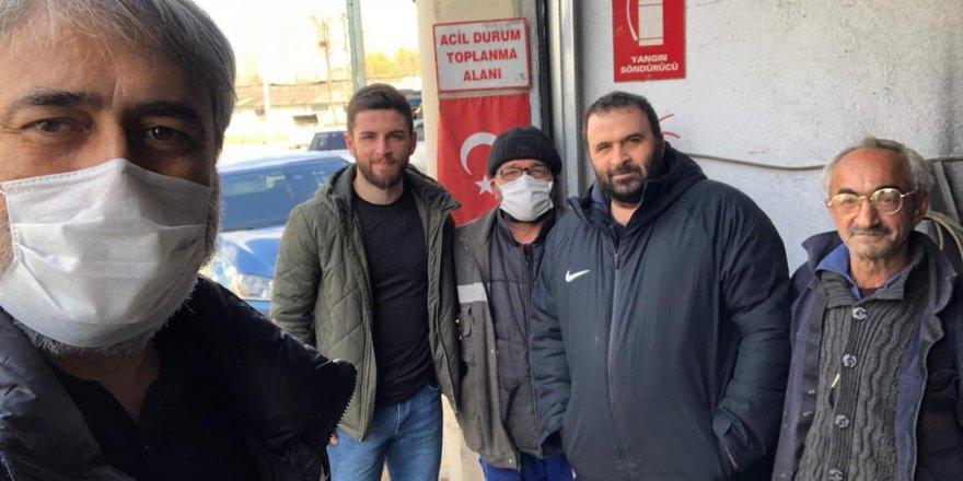 Murat Aydın Gölcük'e maske götürdü