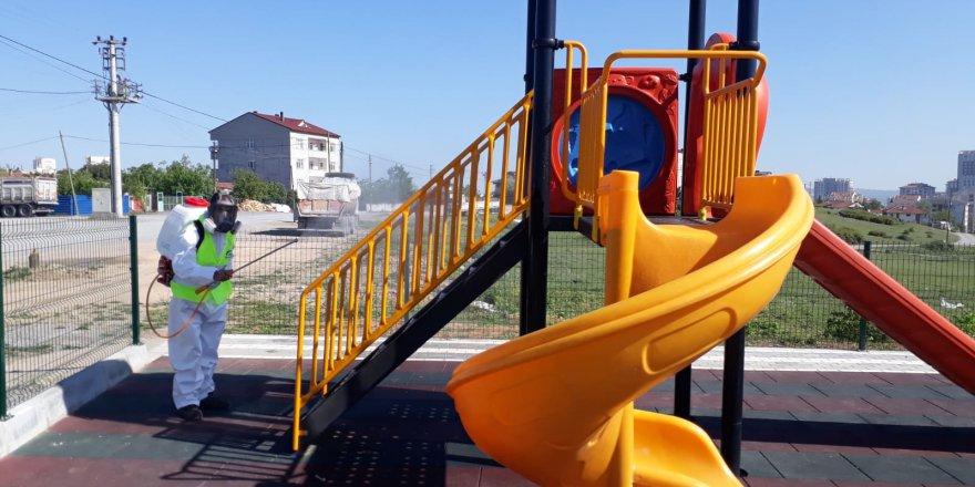 Parklar Çocuklar İçin Dezenfekte Ediliyor