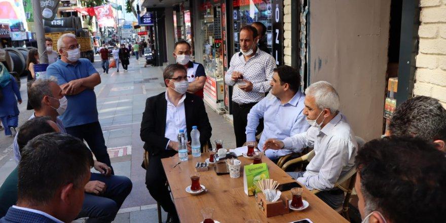 CHP Kocaeli'den esnafa destek