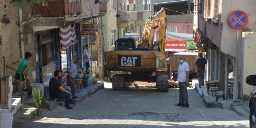 Unutulan caddeleri, Başkan Hürriyet yeniliyor