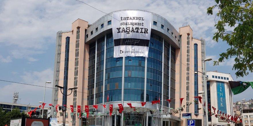 İzmit Belediyesinden İstanbul Sözleşmesi'ne anlamlı destek