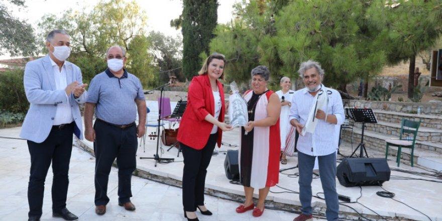 Hürriyet'ten sanata ve kadın haklarına destek