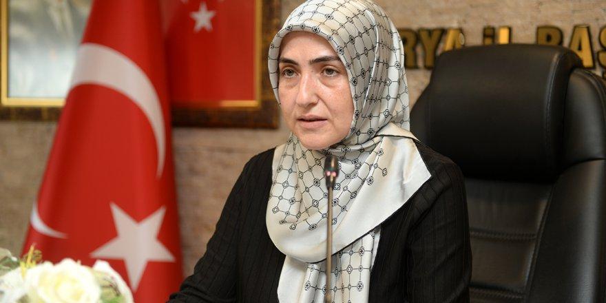 AK Partili kadınlardan Dilipak'a tepki