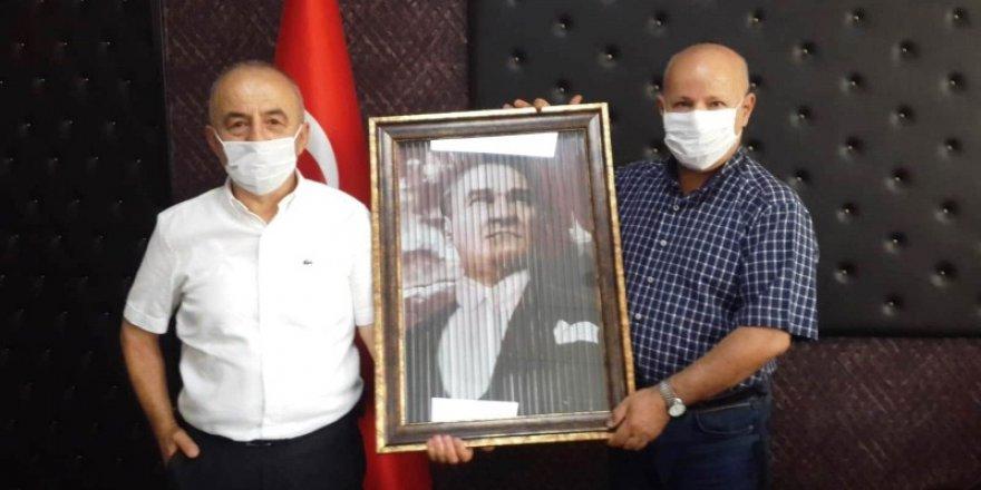 Ali Kemal Aydın'dan Başhekim'e ziyaret