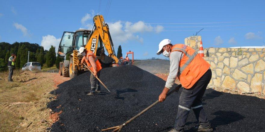 İzmit Belediyesinden asfalt yol çalışması