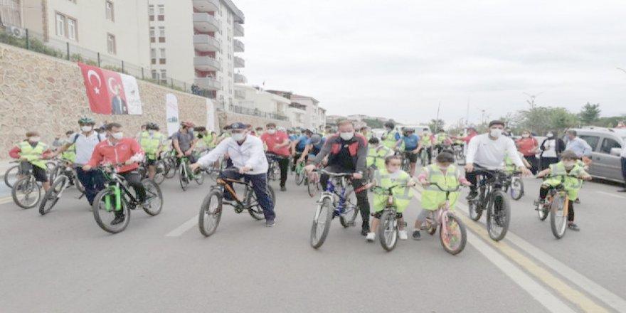 Pedallar sağlık için çevrildi
