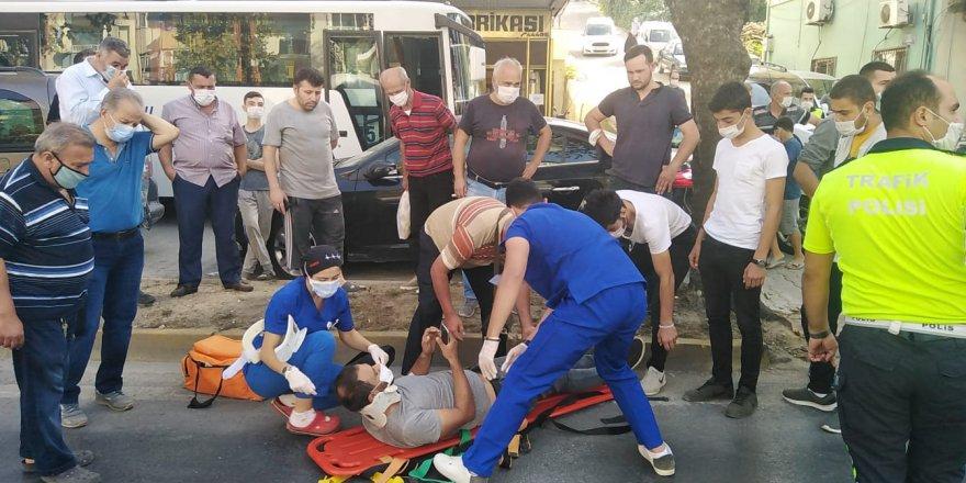 Tır minibüse çarptı:  4 yaralı