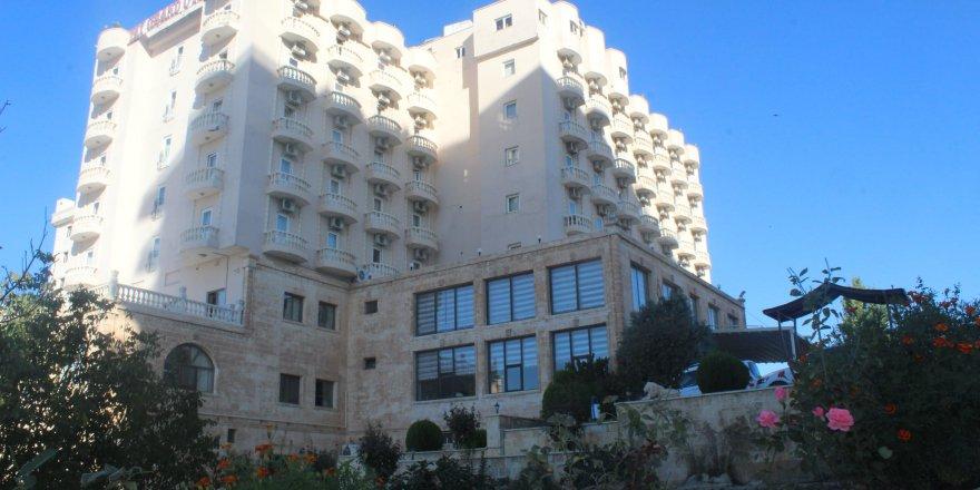 Mardin'de lüks oteller öğretmenevinden ucuz