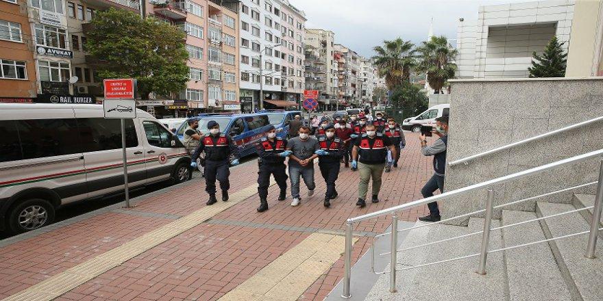 Terör operasyonu:  4 kişi tutuklandı