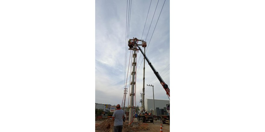 SEDAŞ Gebze'de onarım bakım çalışmaları yapıyor