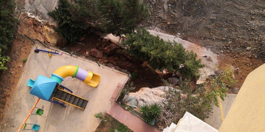 Bavaş'ın binası Bavaş'ın binasını sarstı