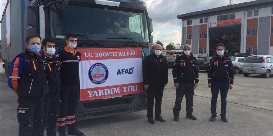 9. Yardım Tırı İzmir'e Gönderildi
