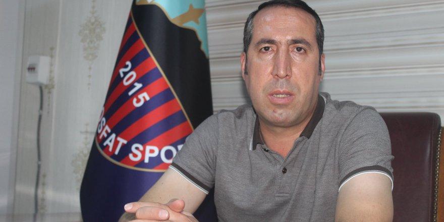 Spor Kulüplerini belediye  meclis üyeleri yönetmemeli