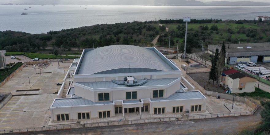 Darıca spor salonu tamamlandı