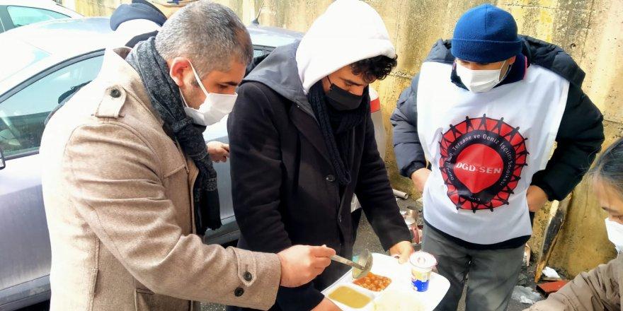 CHP'den Migros işçilerine destek