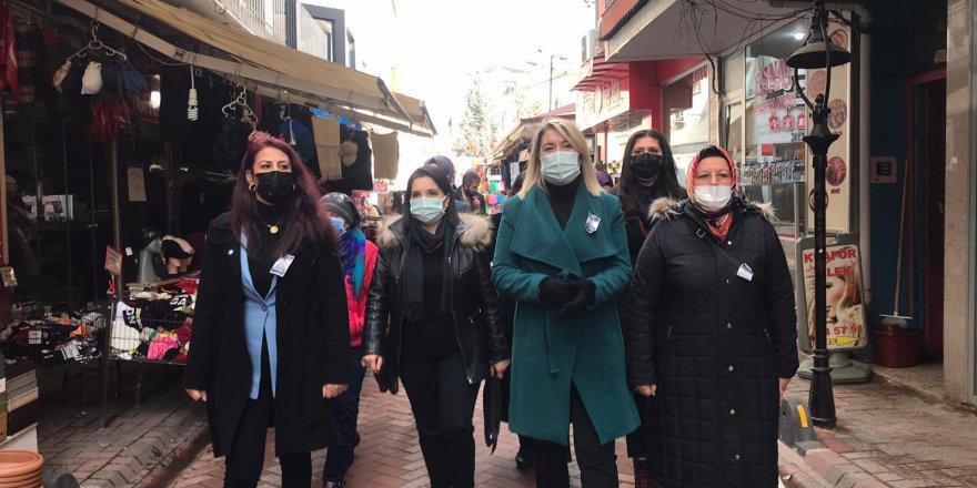 İYİ Partili Kadınlardan saha çalışmaları