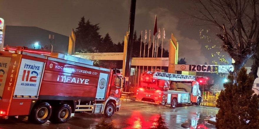 İZOCAM'daki  yangın maddi  hasar meydana getirdi