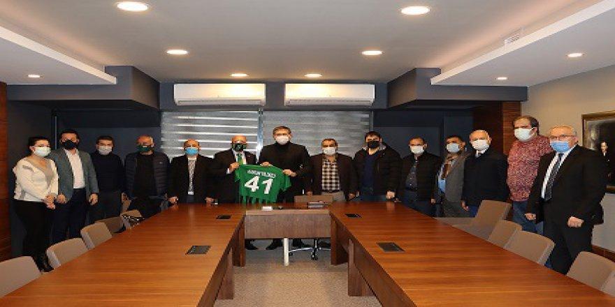 Kocaelispor yönetiminden CHP'ye ziyaret